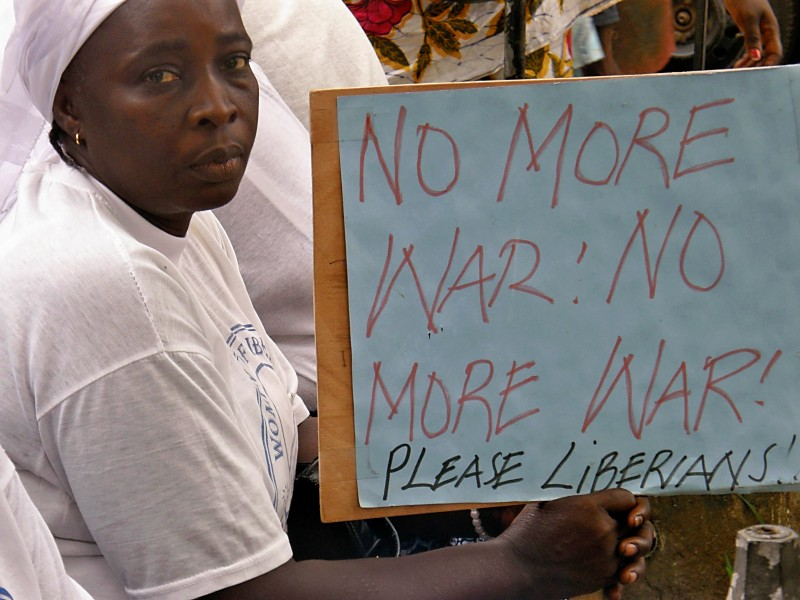 Project-liberia-2011-no-more-war-sign