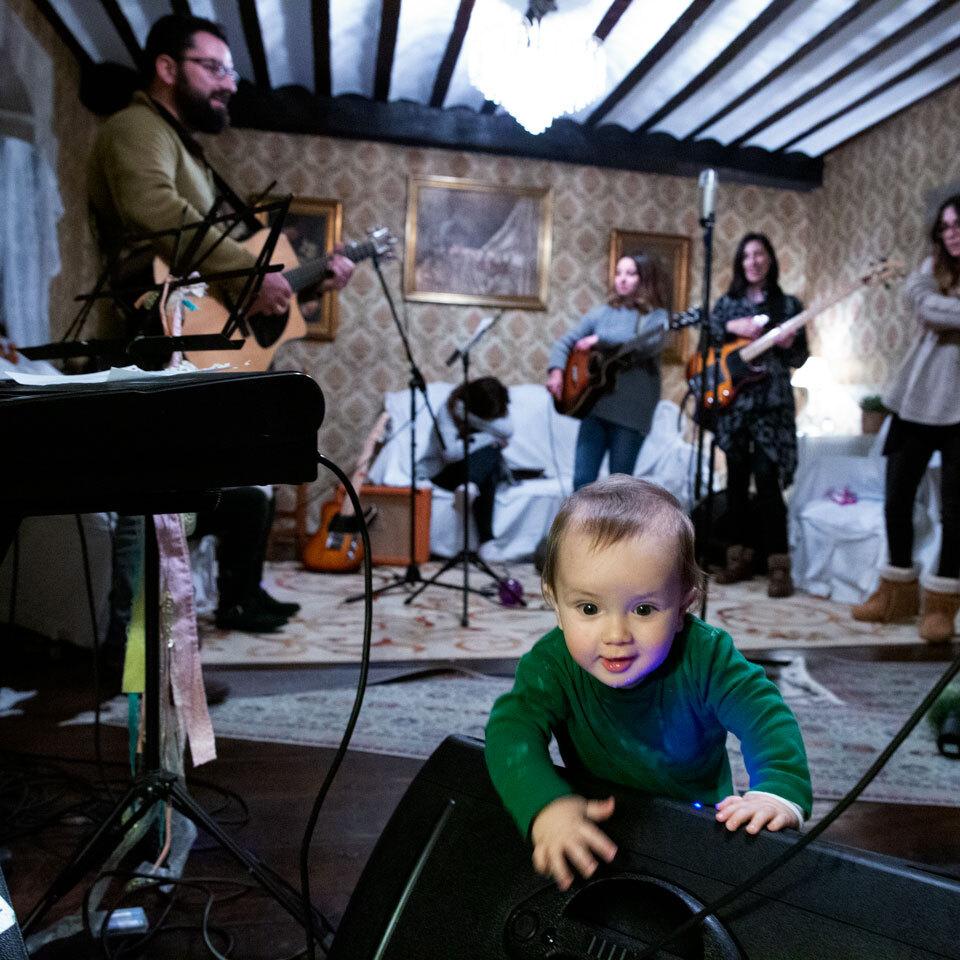 Músicos con bebé