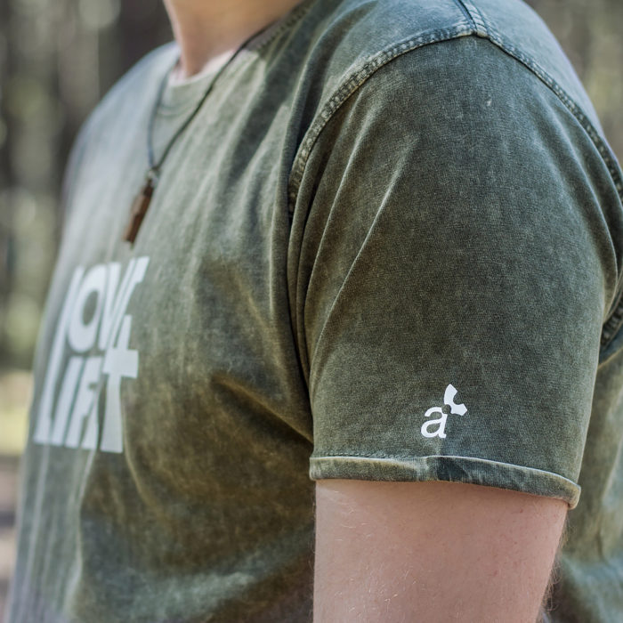 Camiseta cristiana Love / Life detalle